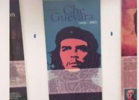 Cartel del Che Guevara causó polémica en el Aeropuerto Internacional de Miami